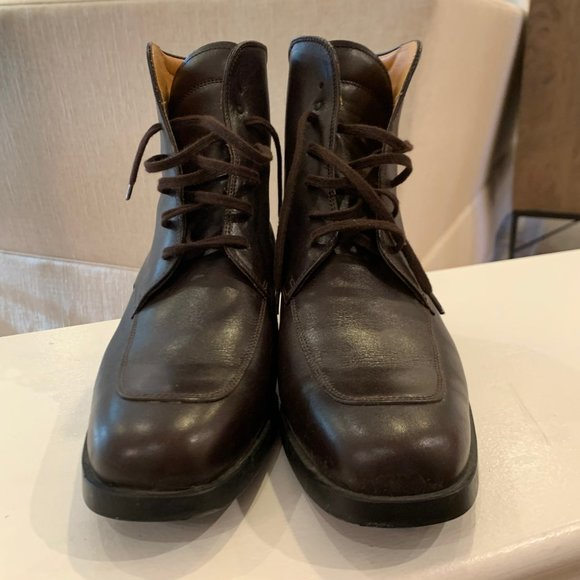 Tod's BARELY WORN Dark BrownMahogany Lace Up Boots